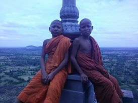 Cambodian monks at Phnom Chisor